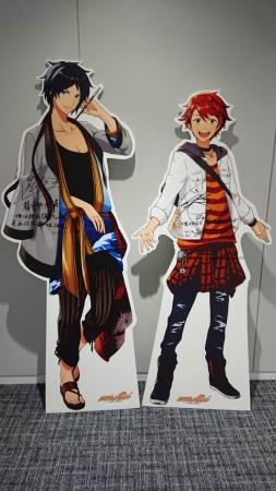 左:葛飾北斎(CV:前野智昭さん)、右:ゴッホ(CV:内田雄馬さん)