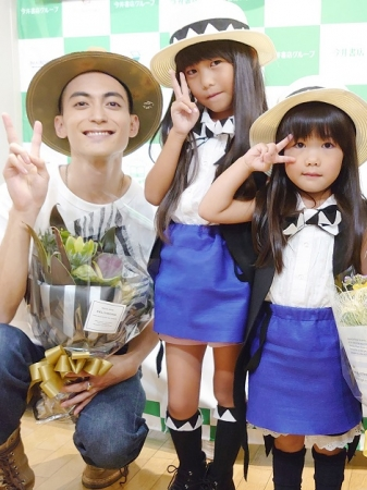 スタベちゃんのかわいい衣装を着た小さな女の子たちがイベントに来てくれました!!
