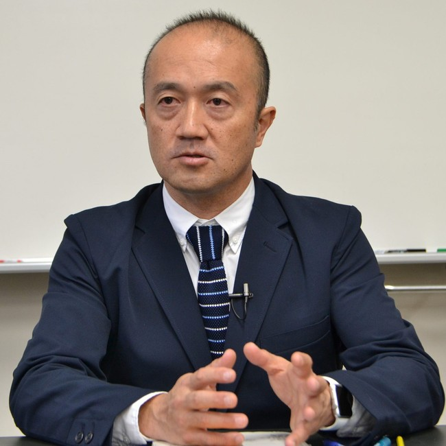 鳥取県教育センター 教育企画研修課 係長 岩崎有朋氏