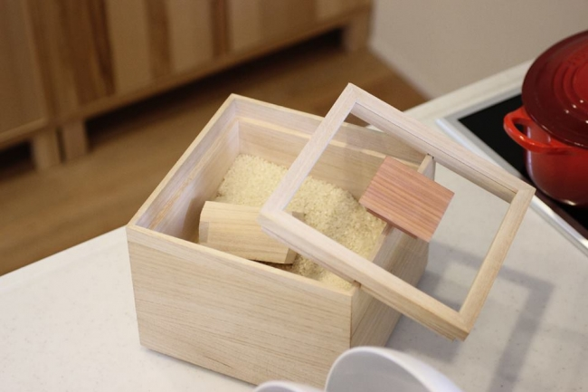 年間8000個売れる定番ヒット商品 米びつ