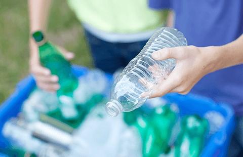 ペット ボトル リサイクル