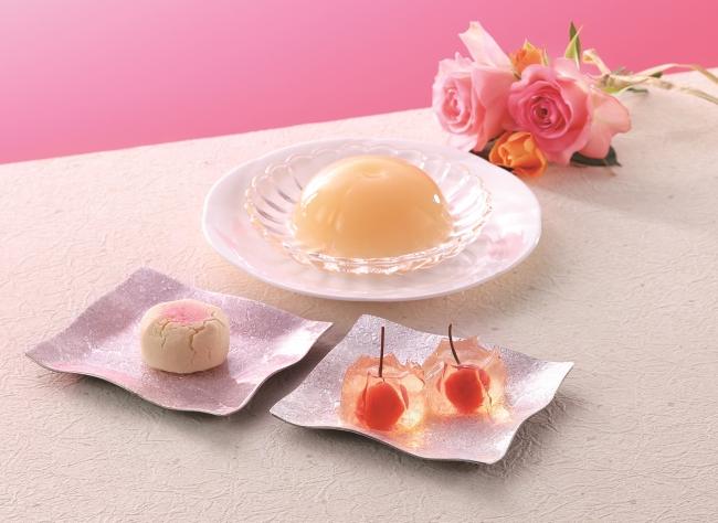 (左下)清水白桃しぐれ(中央)清水白桃ぜりぃ(右下)花桜桃