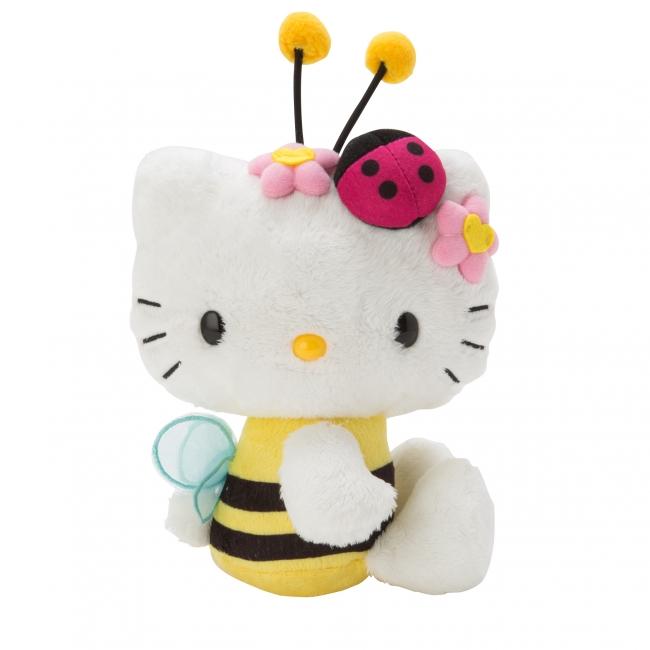 <ハローキティ 45th メモリアルドール (ハチ)> 1990年代にファンのリクエストから生まれたハチ姿に変身したデザインをイメージ。