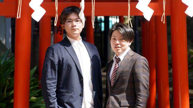 右 吉村信平CEO ・ 左 吉本砂月COO