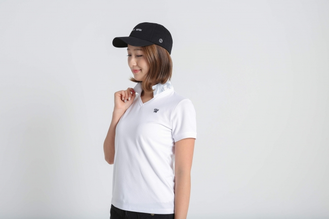 レディース迷彩Vネックシャツ 11,000円(税込)
