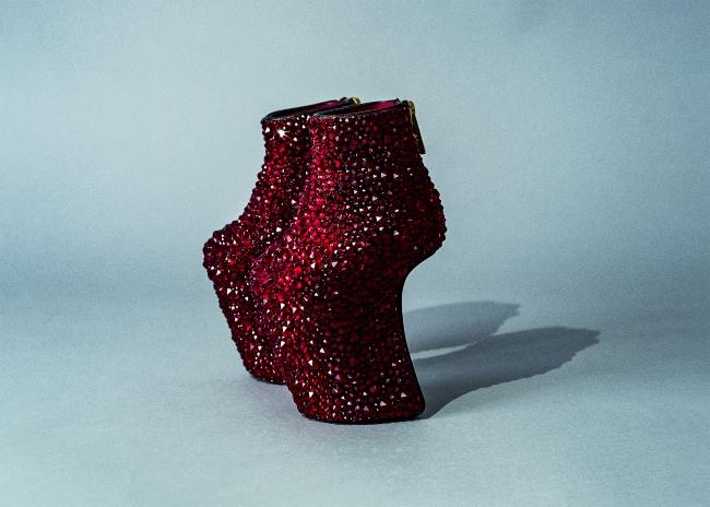 Baby Heel-less Shoes, 2019 ©2019 NORITAKA TATEHANA K.K. Courtesy of KOSAKU KANECHIKA
