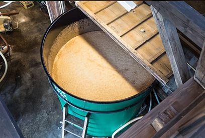 発酵タンク ©WAKATSURU All Rights Reserved.