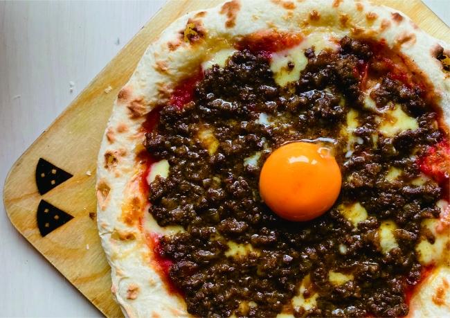 尾崎牛100%キーマカレーピザ