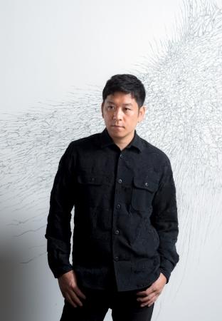 日本の現代アート界を牽引する彫刻家 名和晃平がアーティスト ...
