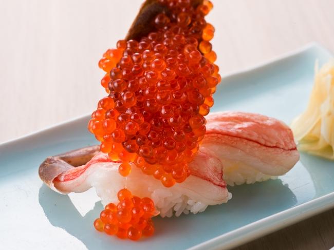 蟹のにぎり寿司にもたっぷりと