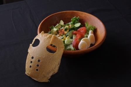 ▲お野菜もしっかり取ってね♡ 仮面サラダ