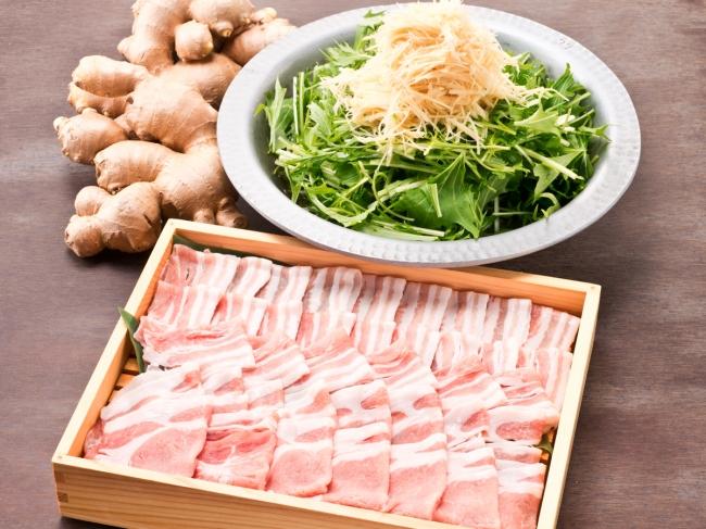 京水菜と生姜と豚肉のはりはり鍋