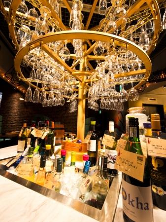 「ワインシャンデリア」でお好きなワインを