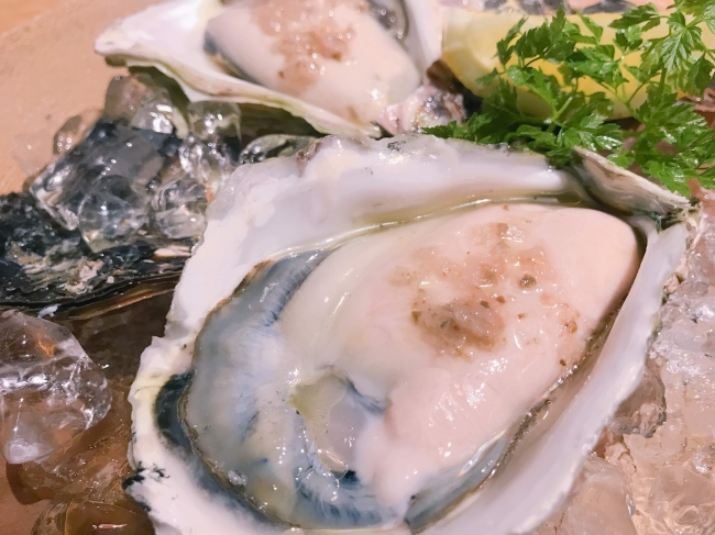 夏が旬!ぷりぷりで身が大きい岩牡蠣