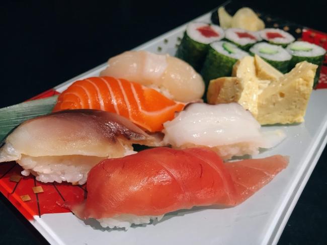 青山店 寿司盛り合わせ