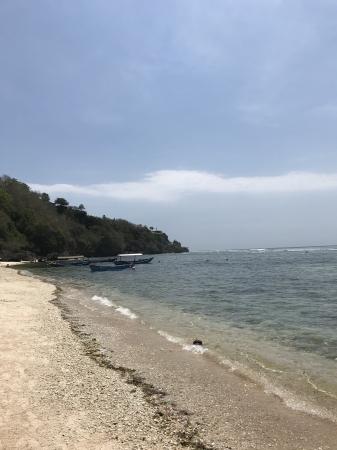 ジンバラン西部のパダンパダンビーチ付近