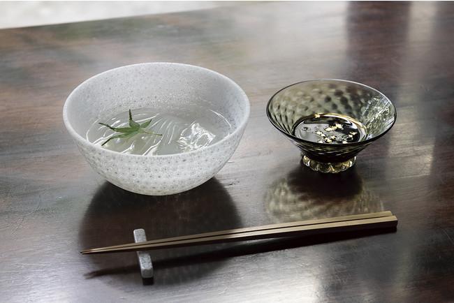 左:丸鉢「ブーケ」¥50,600