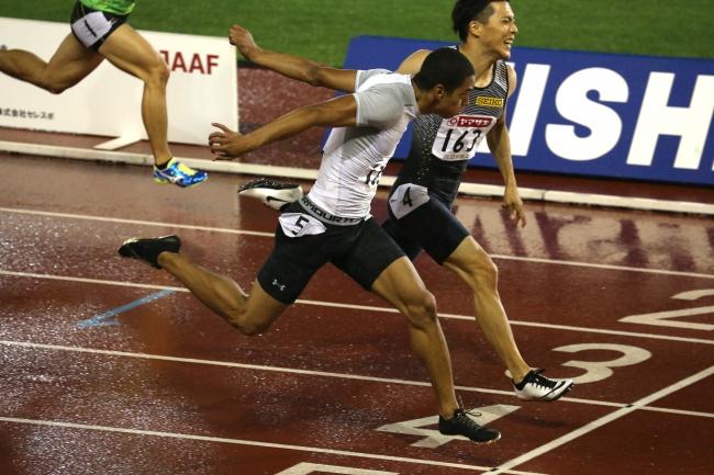 ドームトラッククラブ所属 ケンブリッジ飛鳥 短距離選手 第100回 日本陸上競技選手権大会決勝戦にて 10 16で男子100m優勝 株式会社ドームのプレスリリース