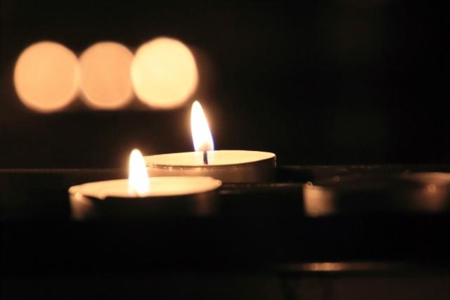 当日は、会場照明を落としキャンドルナイトを灯します。写真はイメージです。