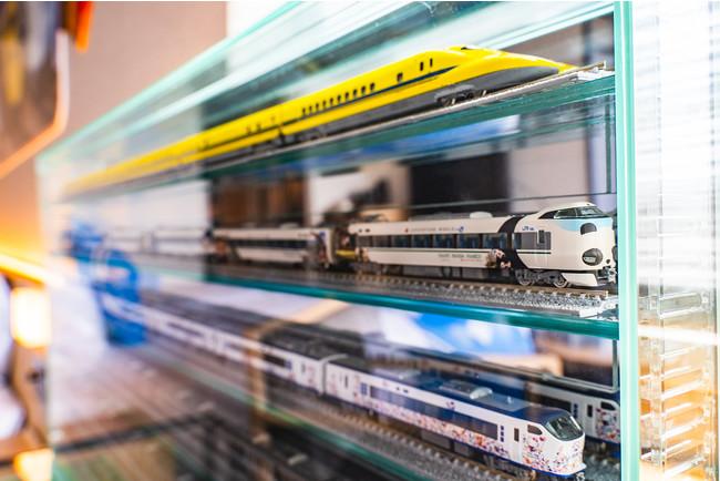 ずらりと並ぶ鉄道模型は圧巻