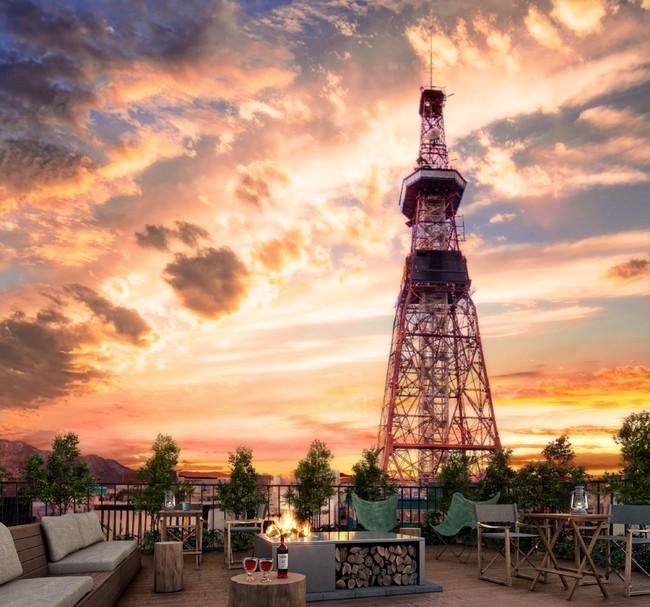 テレビ塔を眺めるルーフトップではお酒やアウトドア体験が楽しめる。