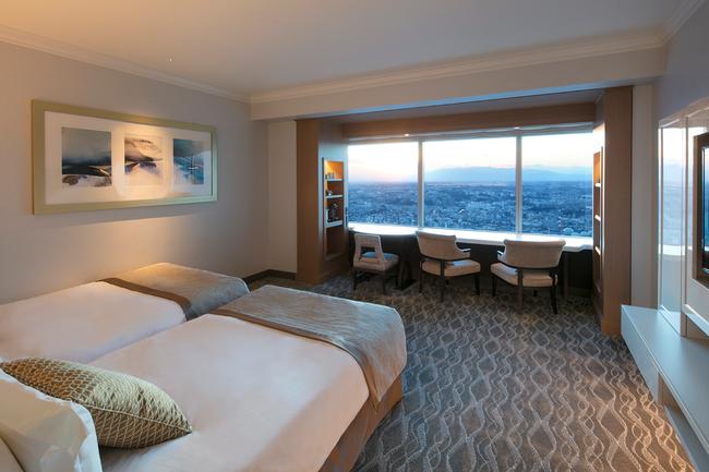 横浜ロイヤルパークホテル スカイリゾートフロア「アトリエ」デラックスツイン シティビュー