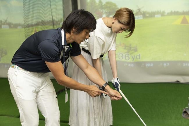 レッスンを担当するのはアコーディア・ゴルフの所属プロ