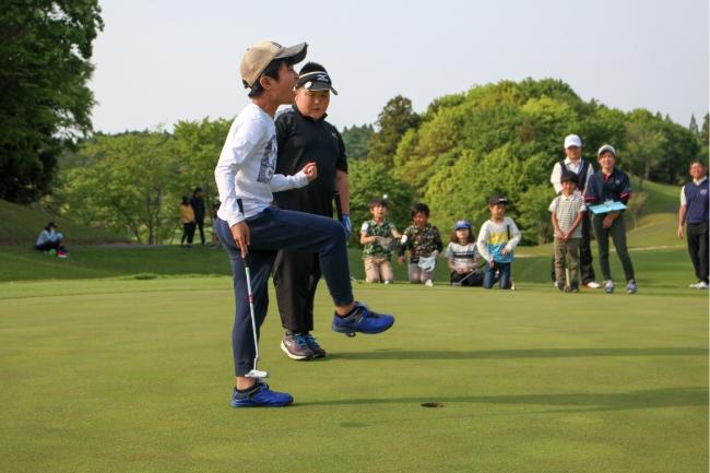 ゴルフを通じて健全な人間形成を行うことを目的とした育成プログラム