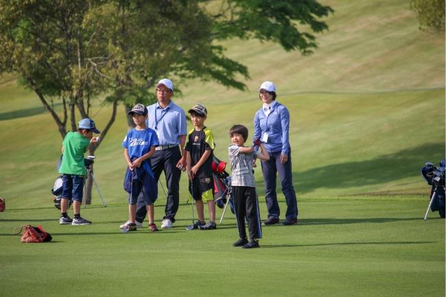成田ゴルフ倶楽部で初のゴルフ体験