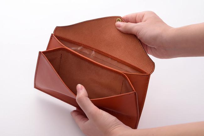 ウイルス対策銅⁺パワーフィルムを使用した本革除菌マスクケース(内側)