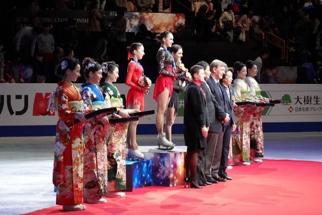 スポーツイベントの表彰式