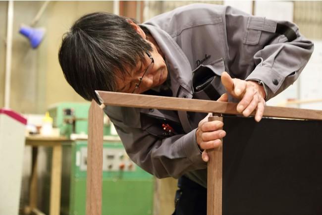 熟練の職人の技が作品の随所にちりばめられている。