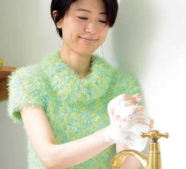 「私は、石鹸を「まほろば」に替えたら手荒れが気にならなくなったの。」