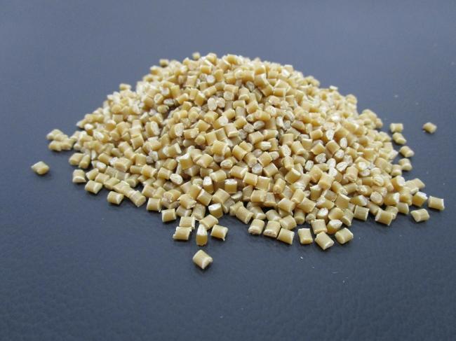 CNF強化樹脂素材イメージ