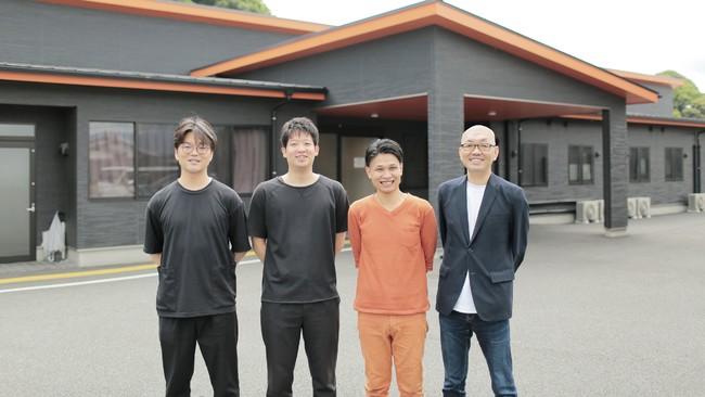 左から、CCO八木 耕介、CTO森 洋輝、代表取締役CEO高橋 和也、CBO古川 明
