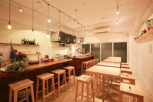 フードメディア(FoodMedia)が提供する大阪肥後橋ROUGH LABOのレンタルキッチン