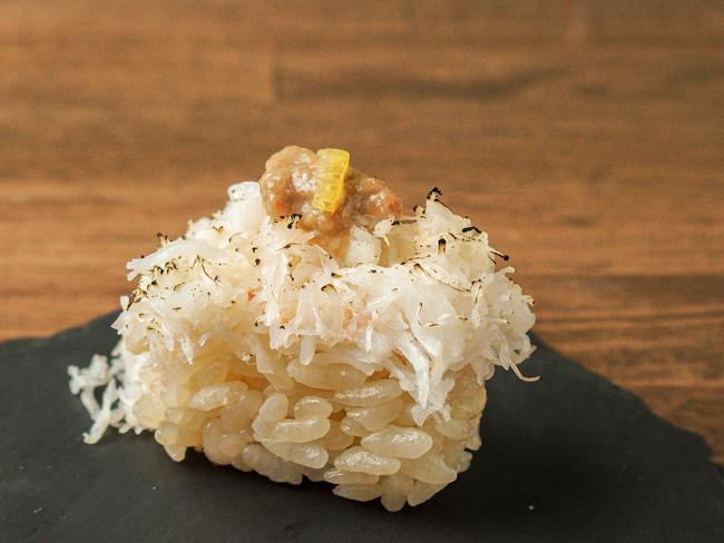 極み寿司「ズワイ蟹三昧」299円