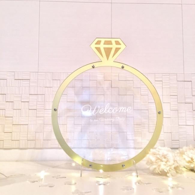 結婚式といえば指輪!豪華なゴールドリング