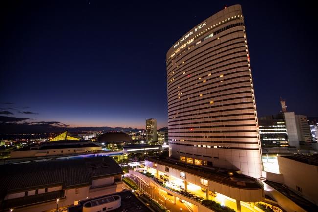 神戸ポートピアホテル 本館