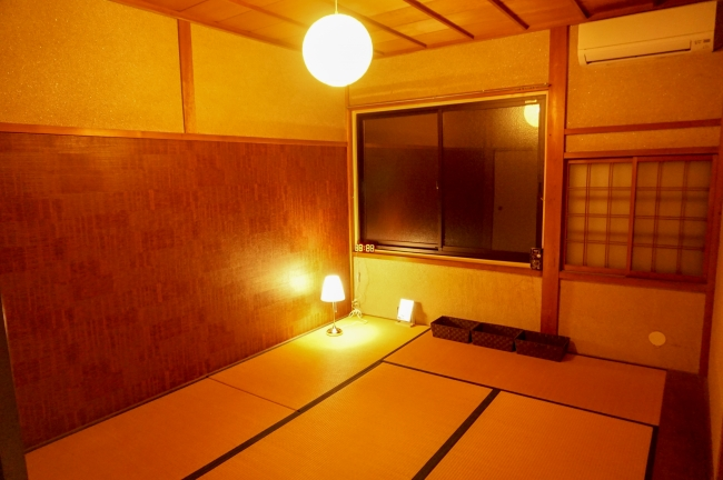 最大3名の個室。1人1泊あたり3000円。