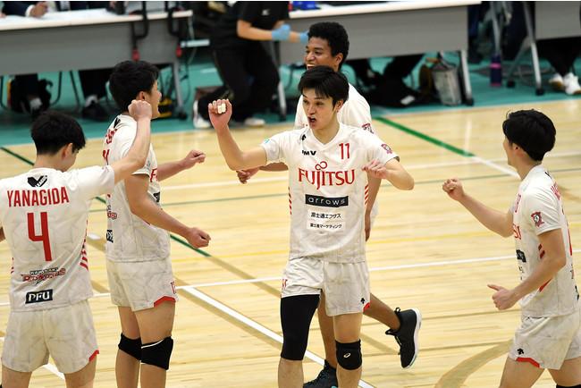 昨季王者富士通はホームで連勝となった(11月15日 対大同特殊鋼戦 第3セット)