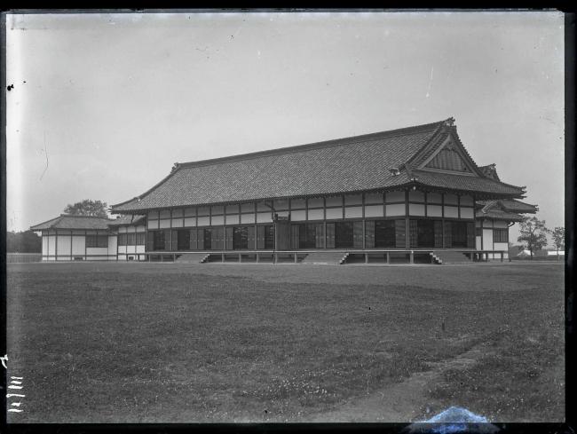 移築当時の憲法記念館(現・明治記念館本館)