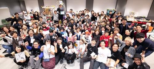 <来場者・出展者集合写真> 160人が来場しました