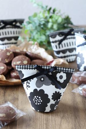 紙コップがおしゃれに♪クッキーのラッピング by 松井さゆりさん