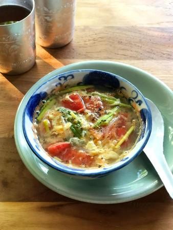 だしいらずですぐ美味しい!トマトと卵のスープ