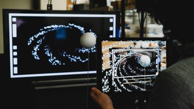 Media Ambition Tokyo2019にイメージソースがディスプレイで異空間とつなぐ新しいメディア表現「Gate」を出展