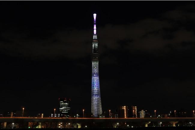 大きな手紙に見立てた特別ライティング「Thinking of you」(イメージ)         (C)TOKYO-SKYTREE