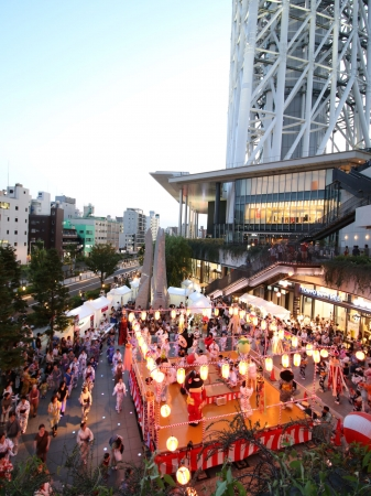 ▲墨田区民納涼民踊大会(昨年の様子)(C)TOKYO-SKYTREETOWN