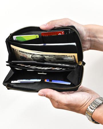 縦型に配置したカードポケット
