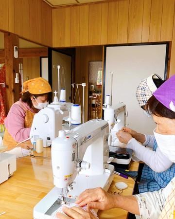 ママ世代と高齢者による生産